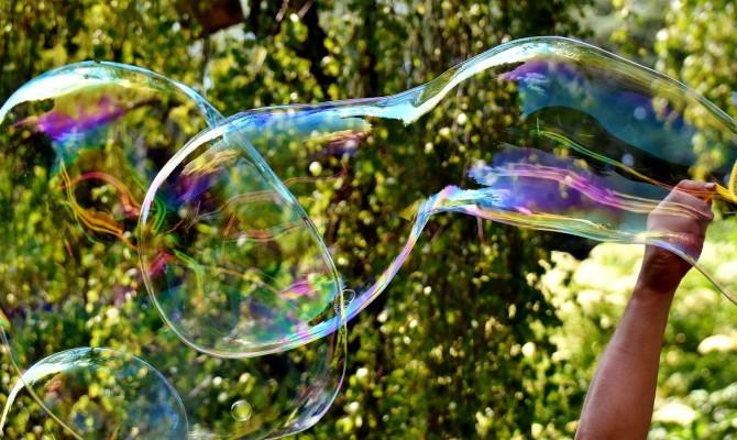 Мастер-класс по изготовлению раствора для мыльных пузырей.