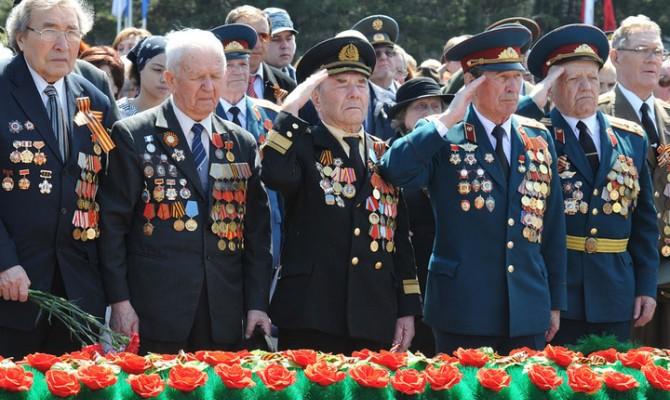 Показ видеозаписи встречи с ветеранами ВОВ
