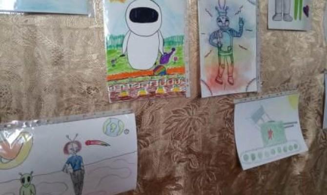 Выставка рисунков «Я рисую лето»