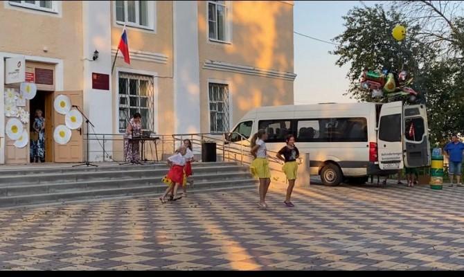 Юдановский ДК приглашает посмотреть видео концерт
